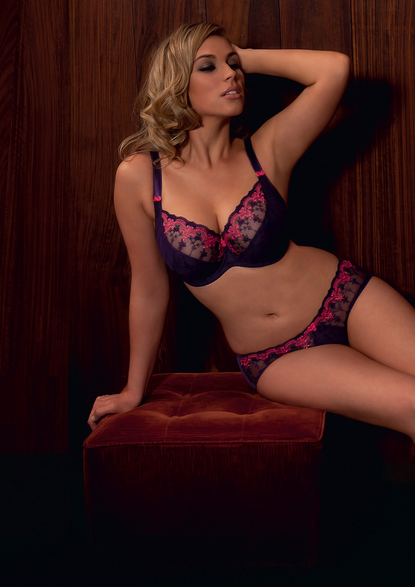 Romance by Curvy Kate in Plum/Watermelon