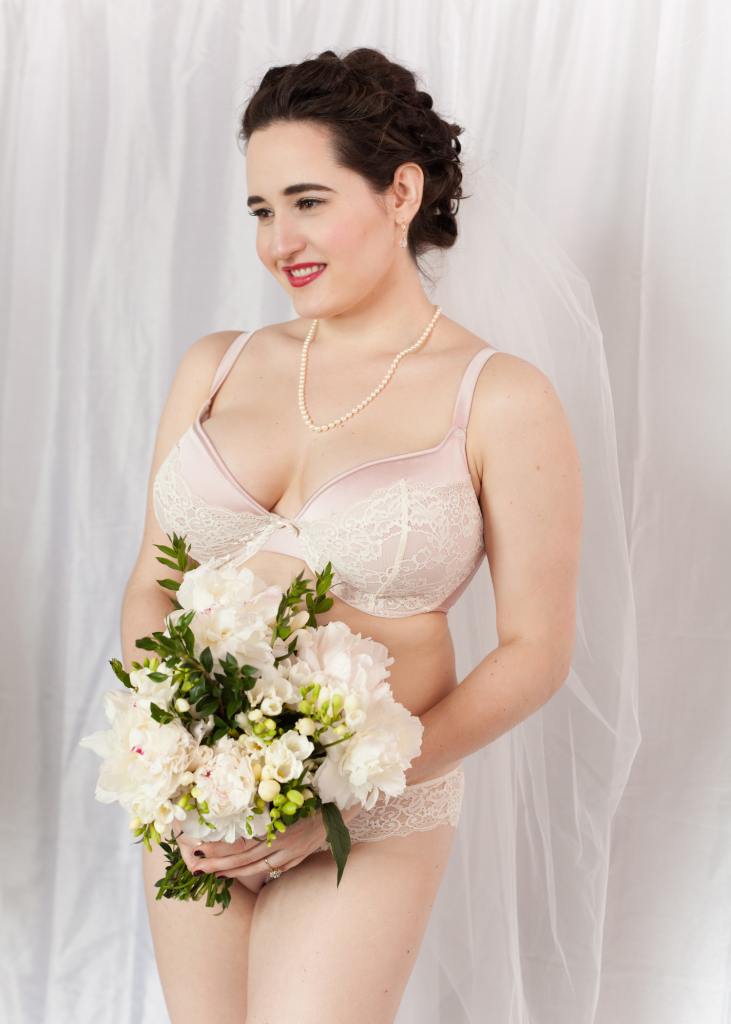 Sweet Nothings reviews Amelia collection by Bosom Galore, 26-34 D-H. Photos: Studio Rezin