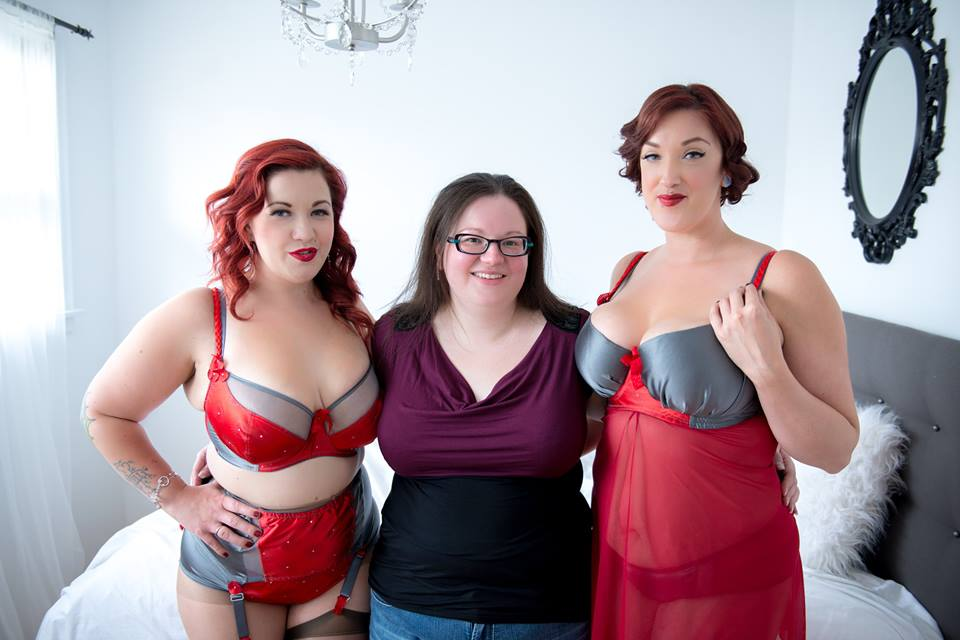 Designer Kim Hamilton, pictured with models Bettie Buxom and Raylene Heft. Photo by Chianti Images