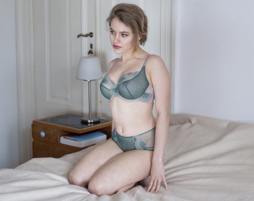 Avocado Lingerie Calypso green