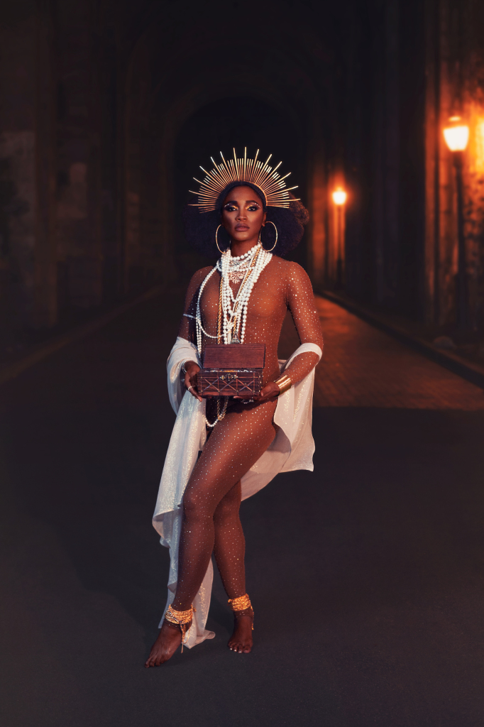 The Queen of Sheba: The Stars. Cora wears d bleu dazzled, Celeste, Nubian Skin. Photo (c) Michi Rezin, retouching Catherine Day, makeup Jonathan Wu.