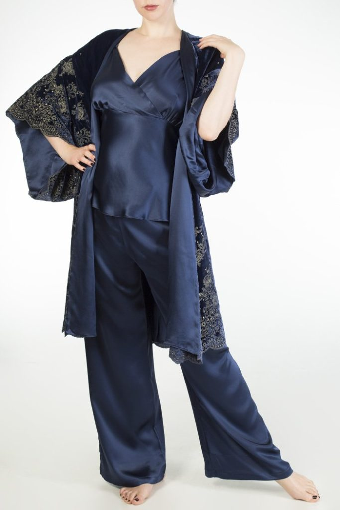 Harlow & Fox Evelyn Midnight Robe and Pyjamas