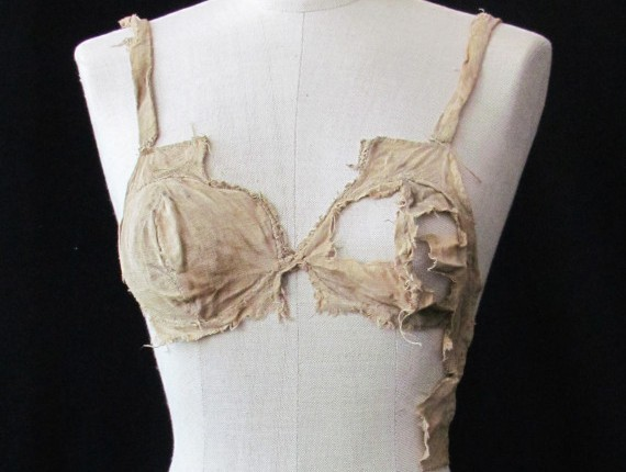 600 Year Old Bra Found at Lemberg Castle in Tyrol, Austria