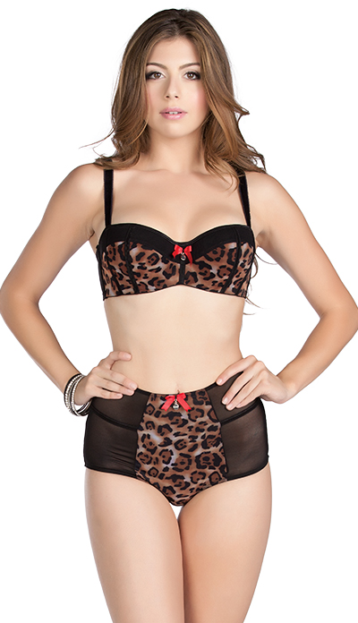 """""""Leslie"""" by Parfait contour bra and high-waist brief, available in sizes 30-40 D-G (UK)."""