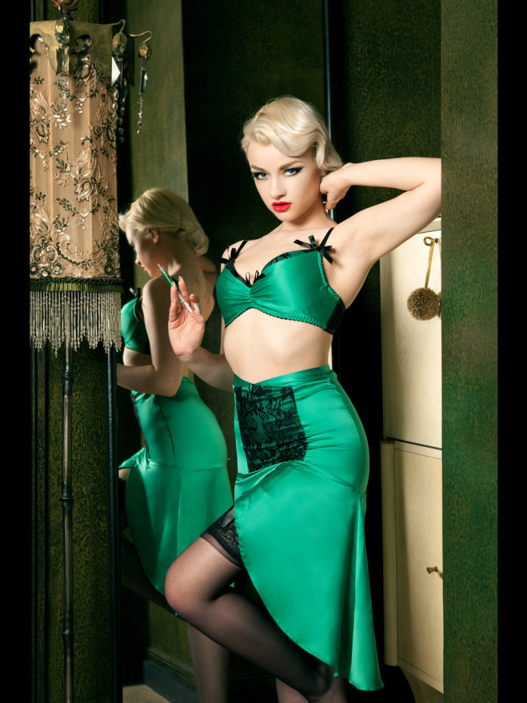 Emerald DeVille Bra (£44) (32-38 B-DD) and Suspender Skirt (£79) (S-XL) by Kiss Me Deadly
