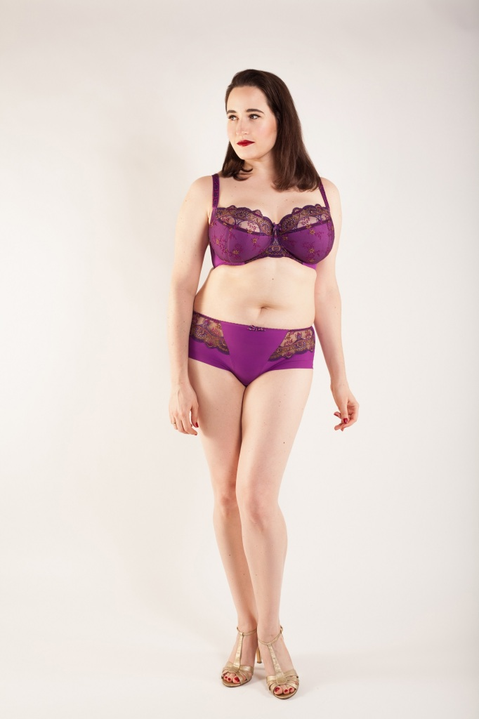 Introducing Samanta Lingerie: Mintaka collection. Model: Sweet Nothings, Photography: Studio Rezin