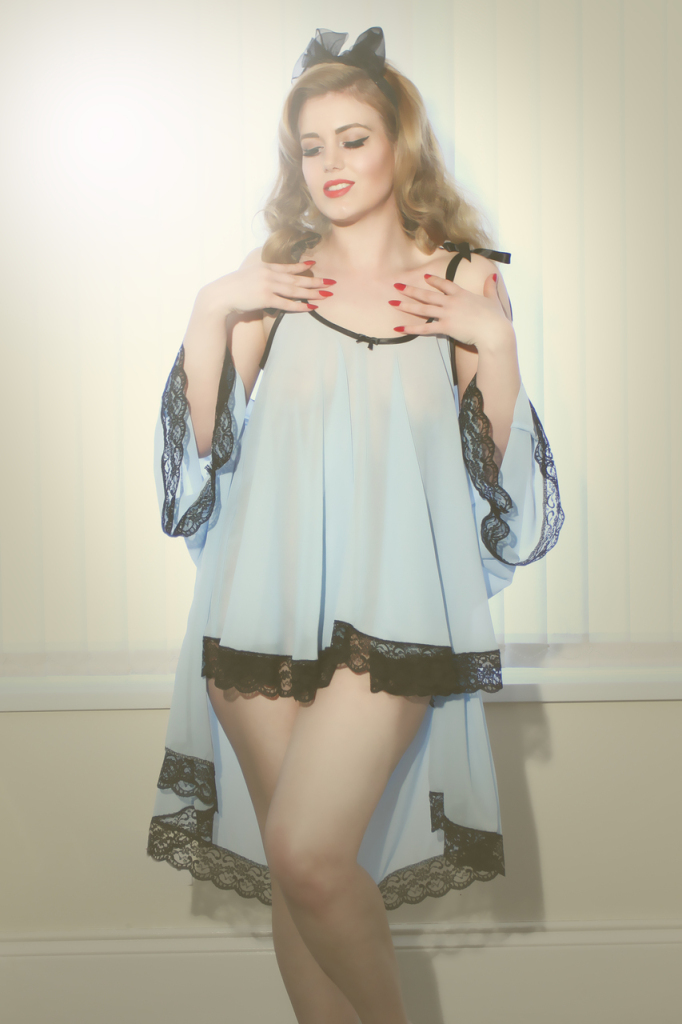 Joan Babydoll by My Retro Closet. Model: Frankii Wilde