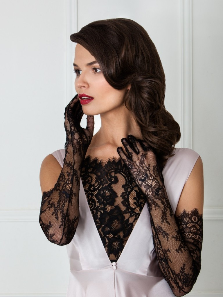 Amoralle Black Lace Gloves, S/M and M/L