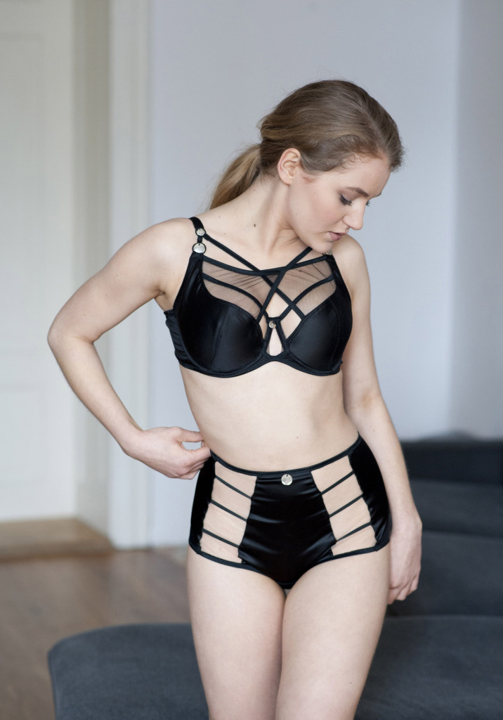 Avocado Lingerie Adele Black