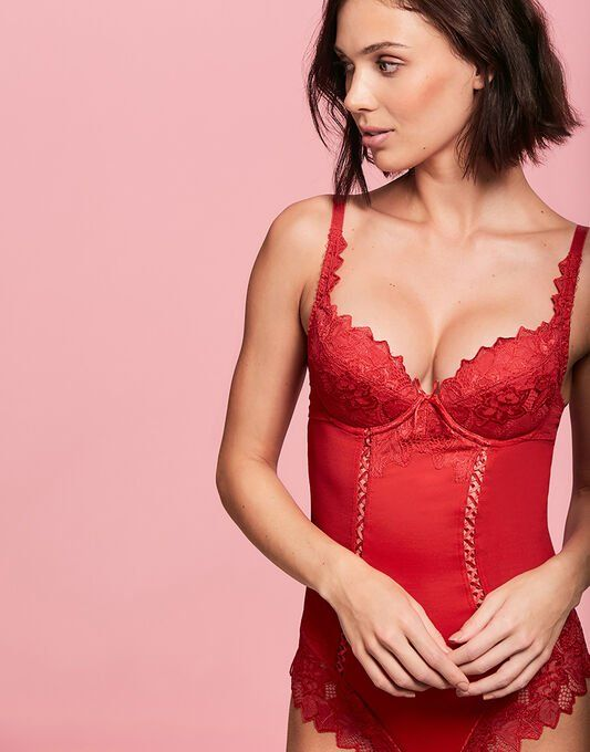 Fiore Lace Padded Plunge Body, $49