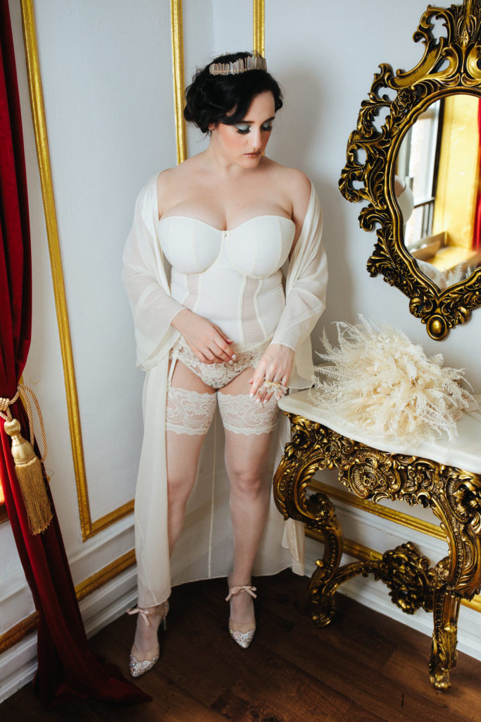 Sweet Nothings wears Curvy Kate and The Giving Bride lingerie. Photo (c) Sylvie Rosokoff